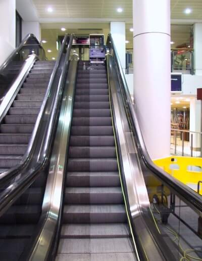 ESD Escalator Aesthetics step cleaning18