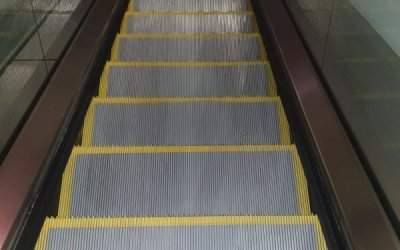 New Escalator Step Safety Demarcation Lines