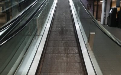 Travelator Deep Clean