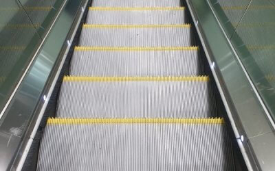Escalator deep Clean & New Safety Demarcations – Kingscross Station