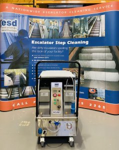 cleaning show stand
