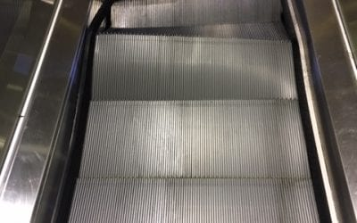 Escalator Step Damage – Sponge/Stick system